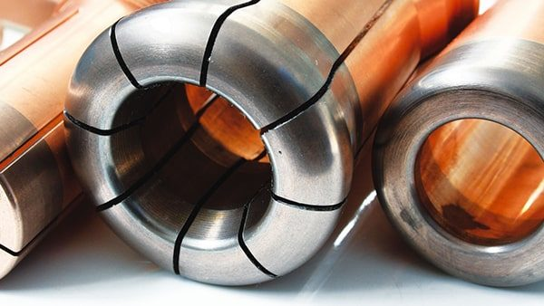 Electrical contacts for medium voltage applications